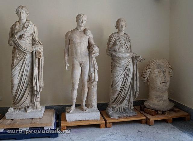 Национальный Археологический музей в Неаполе
