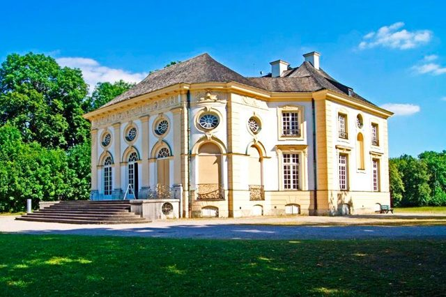 Замок (Дворец) Нимфенбург, Мюнхен, Германия