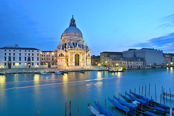 Вид Венеции. Догана и церковь Санта Мария делла Салюте - У. Тёрнер