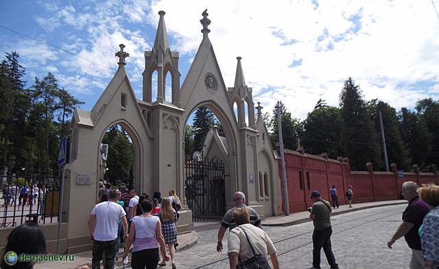 Музей-заповедник «Лычаковское кладбище», Львов, Украина