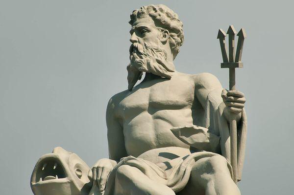 Скульптуры богов: фото и описание