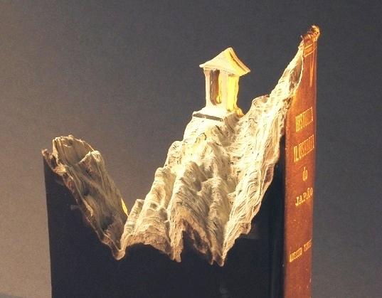 «Мышиная нора», Бен Николсон — описание картины