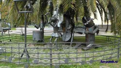 Скульптуры в Сочи: описание скульптур